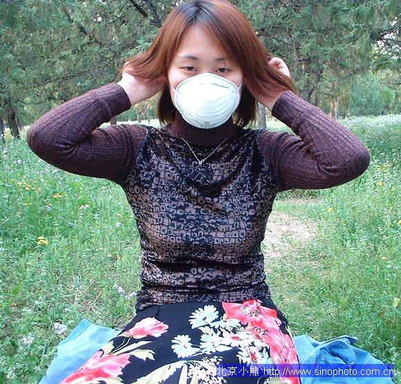 刘玥美女亲身示范 防治h1n1